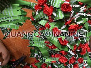 Hoa cài áo hội nghị